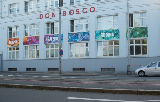 mural-art-stěna-domu-Don-Bosco